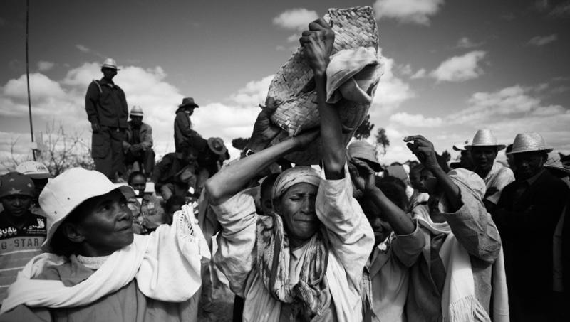 Retournement des morts Madagascar